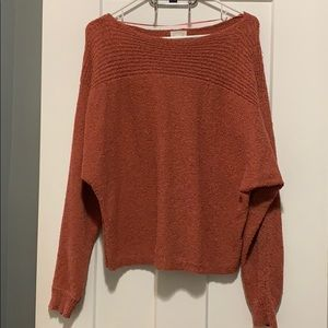 Oversized/Off the shoulder sweater